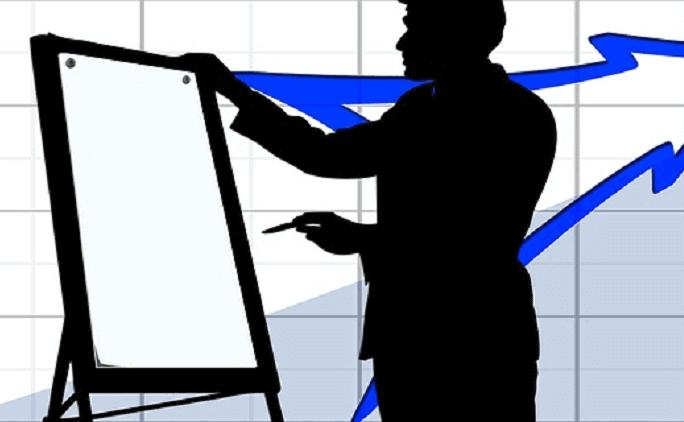 会社説明会に向けて企業側がすべき準備とは?プレゼンや資料について
